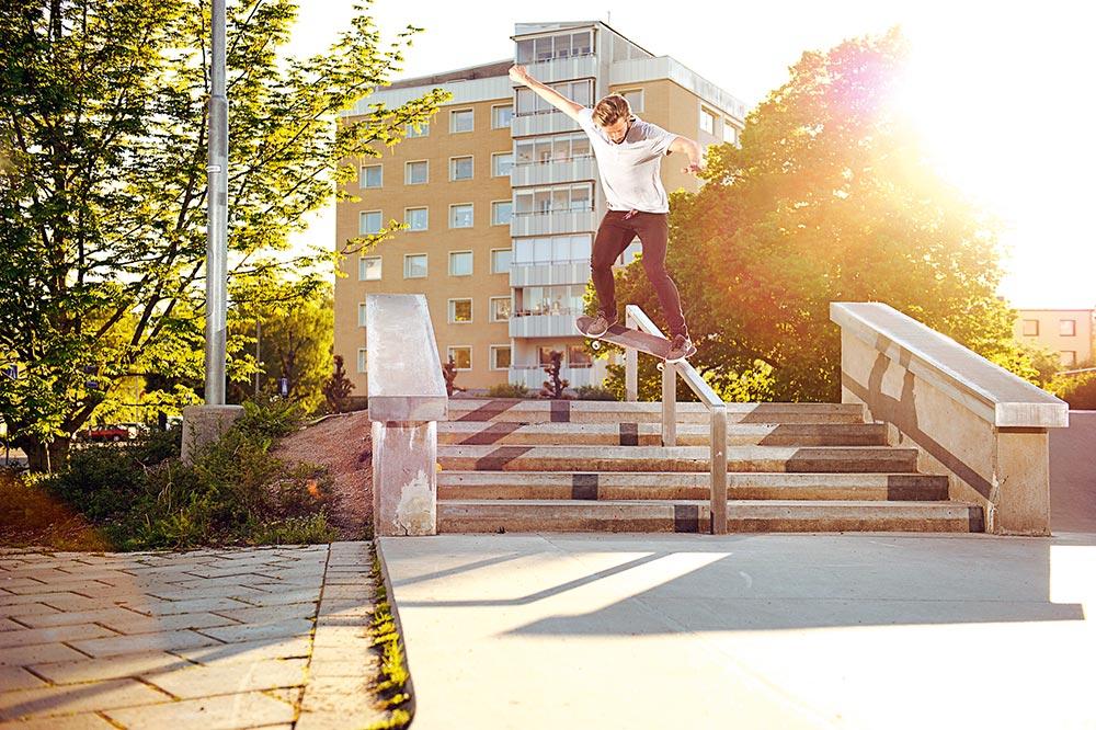 Daniel Johansson - Nollie crooks.   Foto Adam Klingeteg