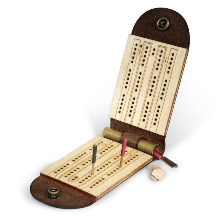 cribbageboard.jpg