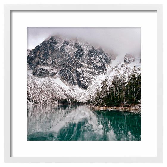 16x16-Frame_White.png