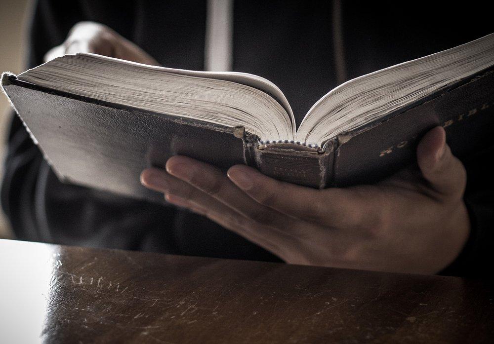 bibleinhand.jpg