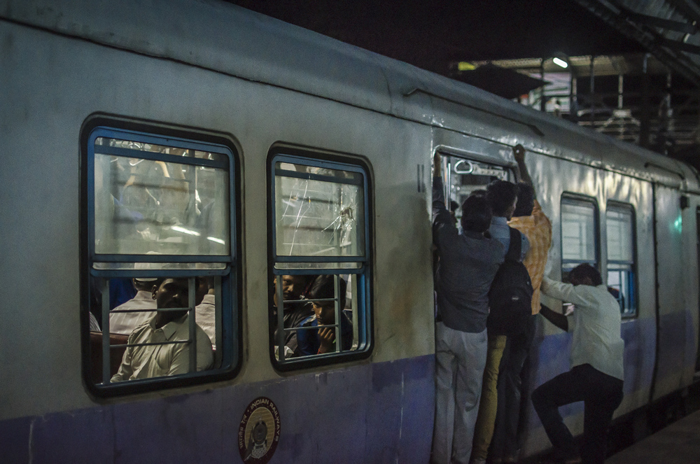indian railways - commuting cultures9.jpg