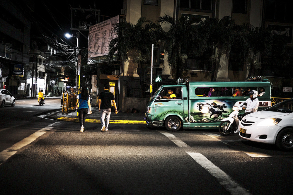 Filipino Jeepneys - commuting cultures19.jpg