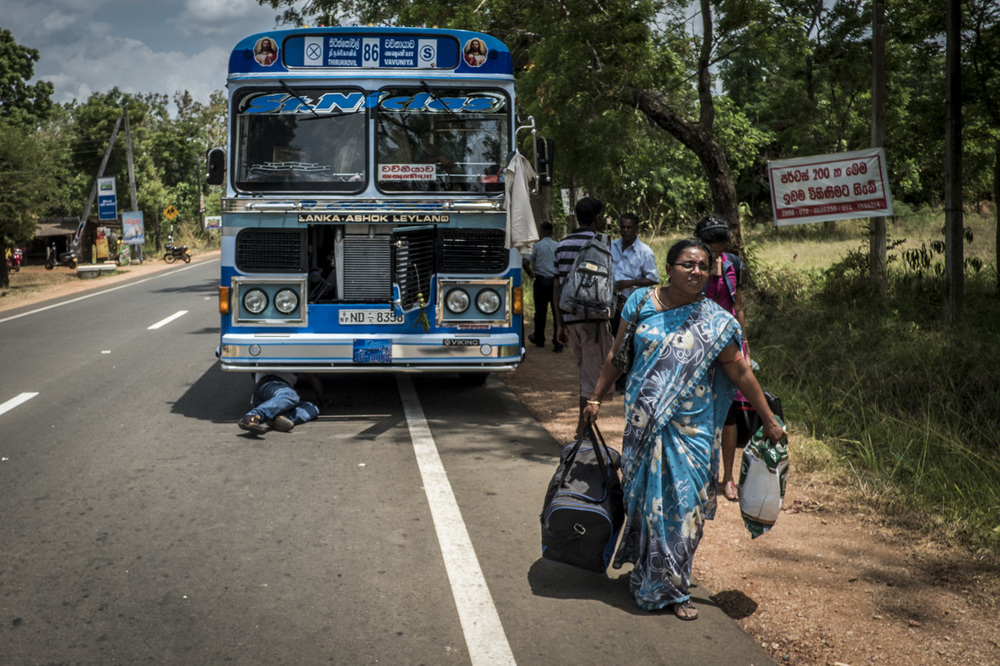 Sri Lanka buses - commuting cultures16.jpg