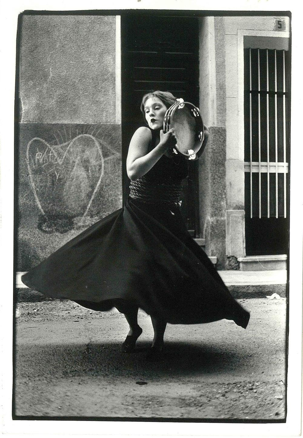 bilde1_uhyret-danser.jpg