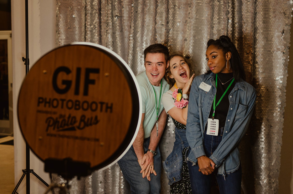 What kinds of photo booths are there In Frisco Texas