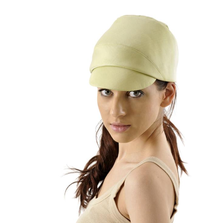 'Cleo' peaked cap