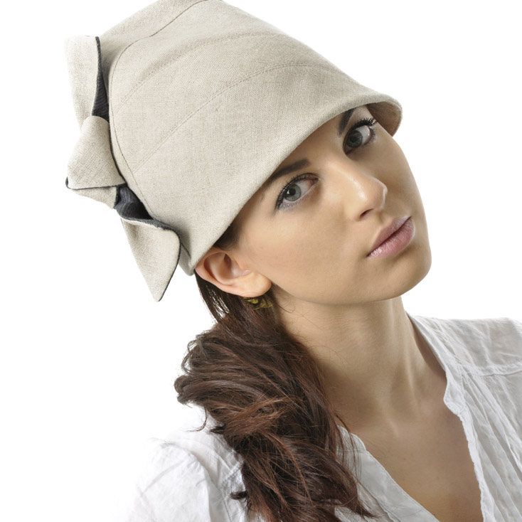 'Lexington' tall cloche hat