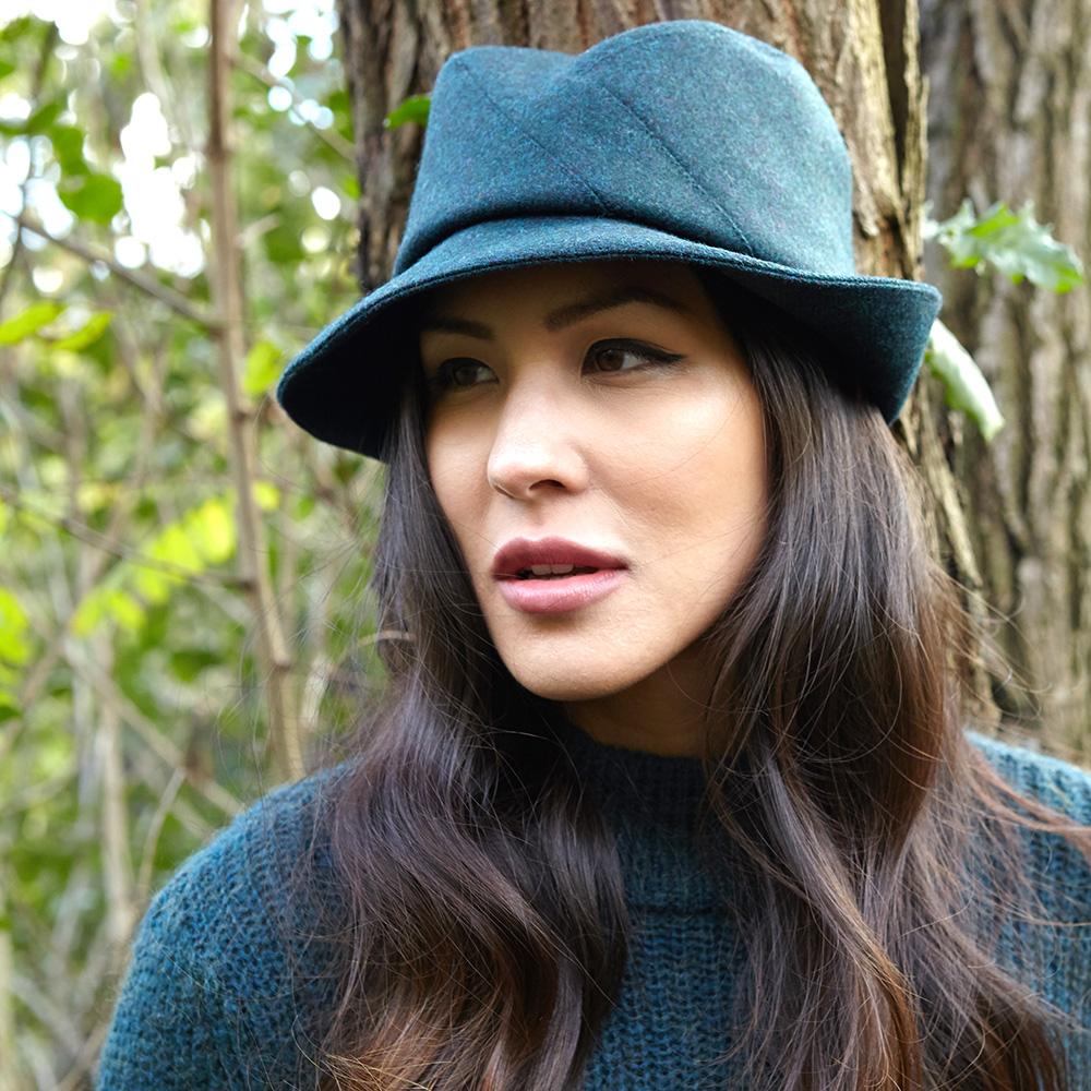 'Broadwick' Women's brimmed hat in teal wool