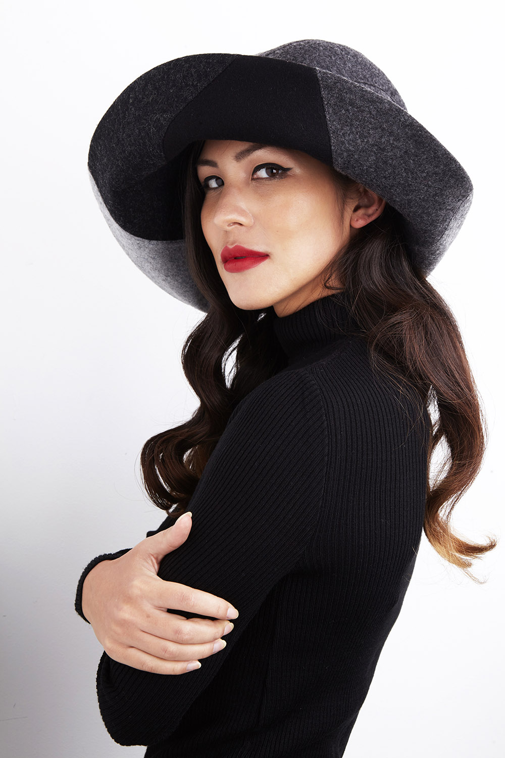 'Alexa' wide-brimmed hat
