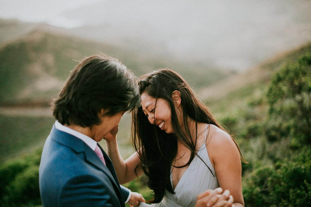 Kim-Heath-Photography-Bay-Area-Wedding-Photographer-Modern-Flowy-Dress-Marin-Headlands-Engagement_0025.jpg