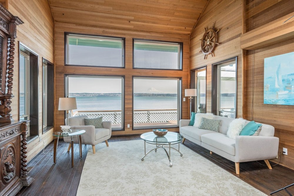 Low Bank Waterfront Vashon Home
