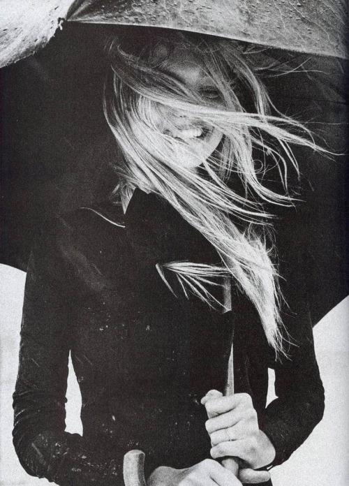 house-of-flowers: Gemma Ward Vogue Italia November 2007