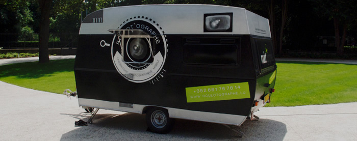 photojojo :       The Roulot'ographe  : because who wouldn't want to take photo classes inside a giant mobile camera?!   Flash007 teaches photo workshops in this massive traveling camera obscura.