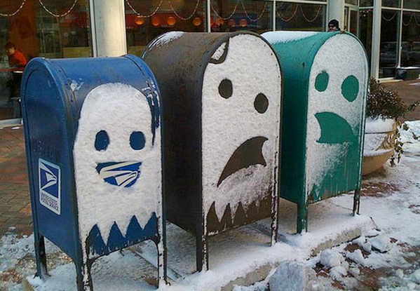 artpixie: Design Don't Panic: Pac Man Ghosts Mailboxes