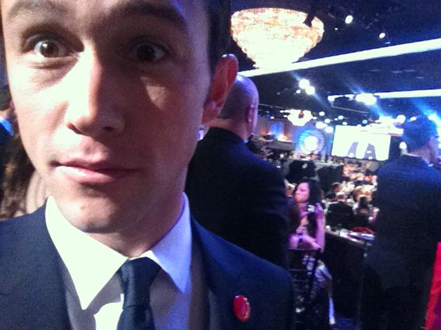 hitrecordjoe: Red Buttons & Golden Globes ;o) Well represented! ;)