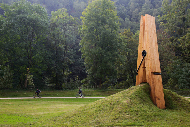 pudgeybunny :      etsy :      Mehmet Ali Uysal's Clothes Pin installation - CULTRIOT      I LOVE THIS