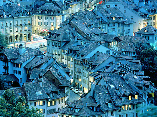 kari-shma: bern switzerland (via Barnies)