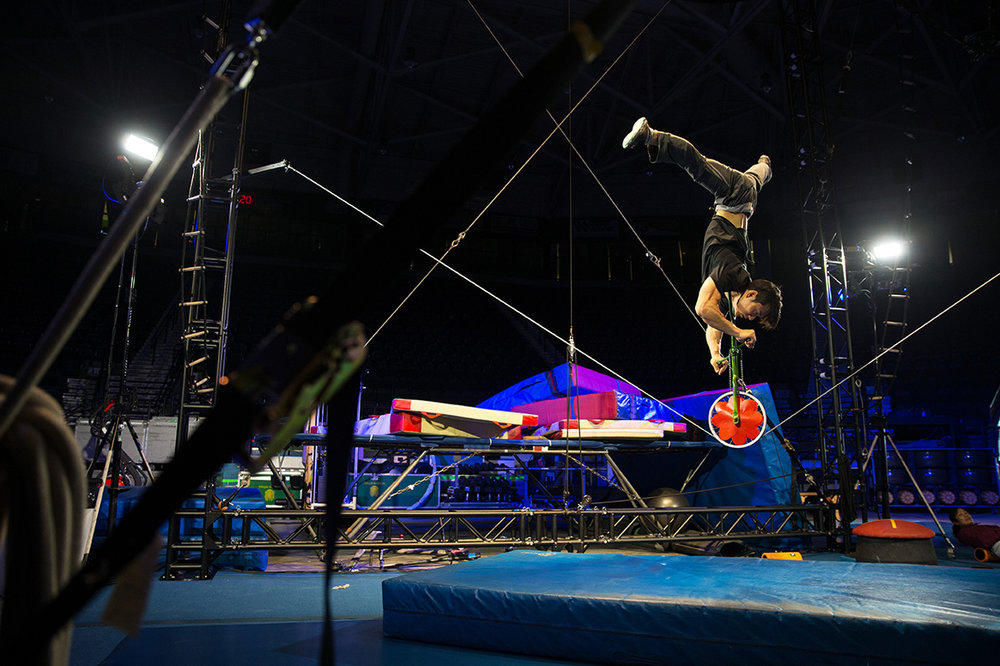 Qiu Jiang Ming practices his slack line performance backstage before the opening night of Cirque du Soleil: Ovo at Germain Arena on Wednesday, Sept. 28, 2016. Shows continue until Sunday, Oct. 2nd.