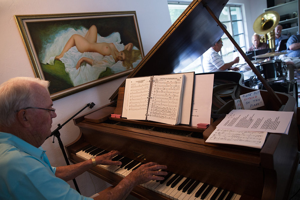 John Keys, 84, plays the piano during a jazz jam session at the home of Jim Gover in Naples, Florida on Tuesday, Oct. 11, 2016.