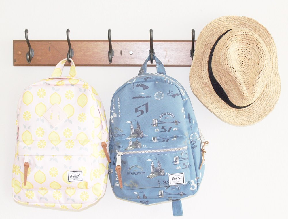 Love the cute lemons on this backpack for Nora!