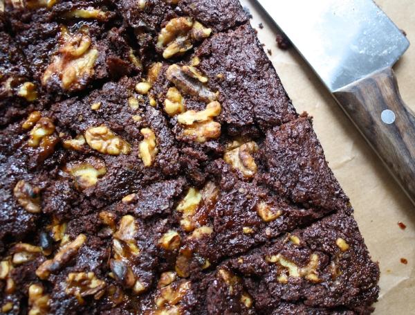 Vegan Lass Salted Caramel Walnut Brownie