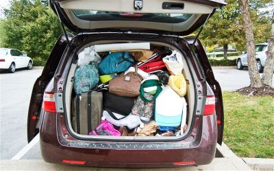2011-Honda-Odyssey-Touring-Elite-trunk-packed.jpg