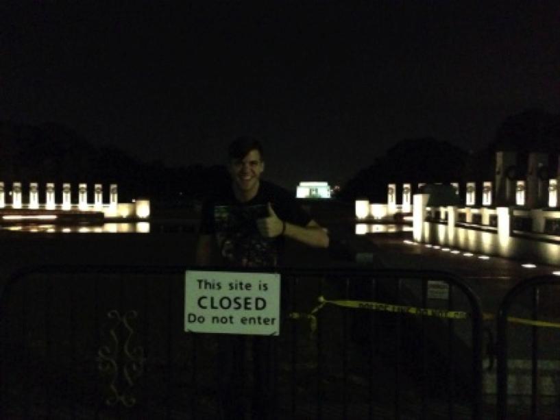 WWII memorial duringgov't shutdown