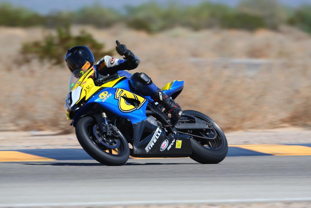 Sep-27-2014-CVMA - Race 02 - RG__0881-Sep2714.jpg