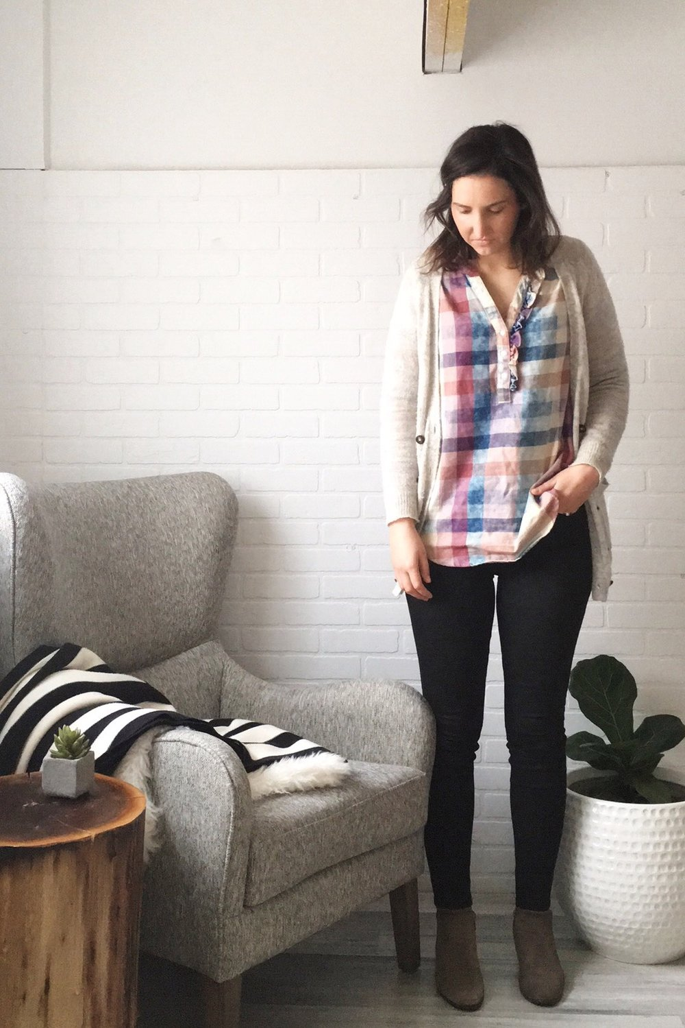 cardigan: Madewell / shirt: Anthropologie / jeans: Level 99 / shoes: DSW