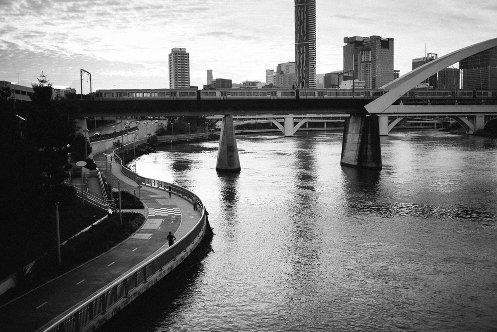 Nick-Bedford-Photographer-160618-070850-35mm Summarit, Brisbane, Leica M, Street Photography.jpg