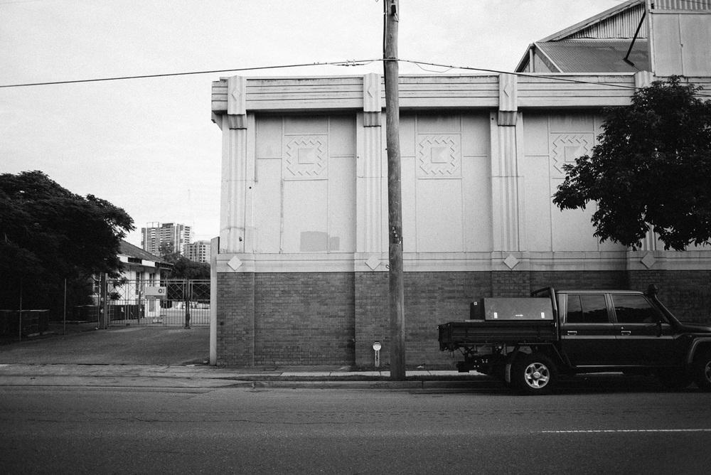 Nick-Bedford-Photographer-160618-071621-35mm Summarit, Brisbane, Leica M, Street Photography.jpg