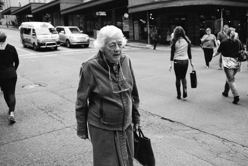 Nick-Bedford-Photographer-160618-132224-35mm Summarit, Brisbane, Leica M, Street Photography.jpg