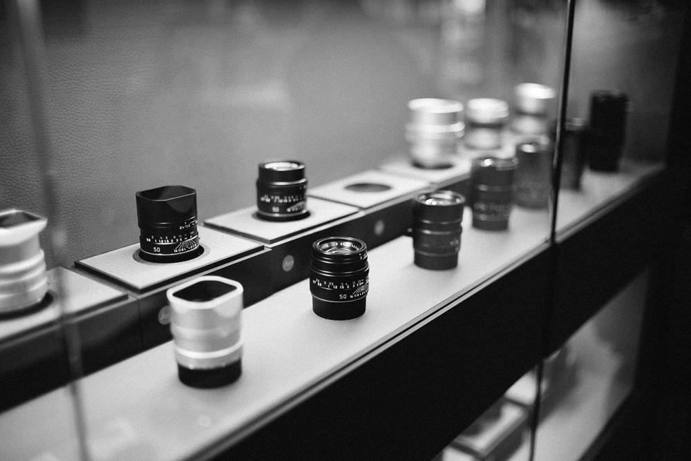Leica, so shiny.