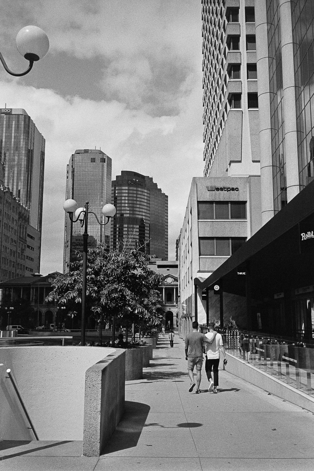 20170412 - Roll 128 - 025-Nick-Bedford,-Photographer-Black and White, Brisbane, Film, Kodak Tri-X 400, Leica M7, Rodinal, Street Photography, Voigtlander 35mm F1.7 Ultron Asph.jpg