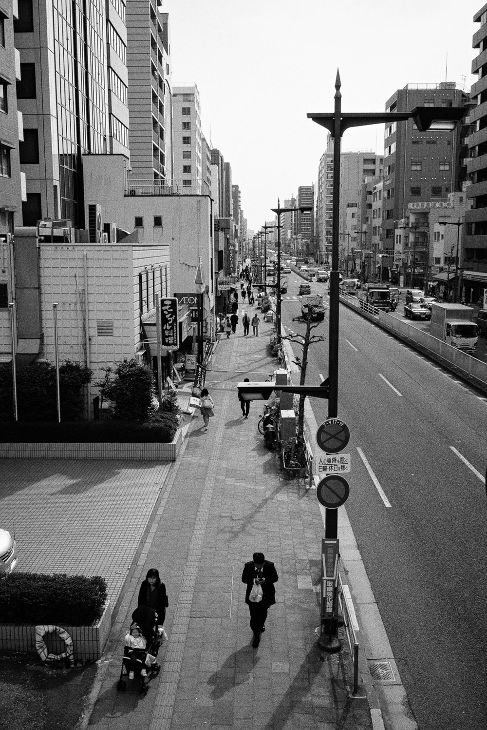 20170417_Japan_092921_Edit-Nick-Bedford,-Photographer-Black and White, Japan, Leica M Typ 240, Ryogoku, Tokyo, Voigtlander 35mm F1.7 Ultron Asph, VSCO Film, West End Camera Club.jpg