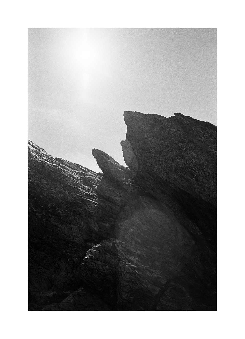 20181103 - Roll 263 - 024-Nick-Bedford,-Photographer-Black and White, Currumbin Rocks, Kodak TRI-X 400, Leica M7, Seascape, Voigtlander 35mm F1.7.jpg