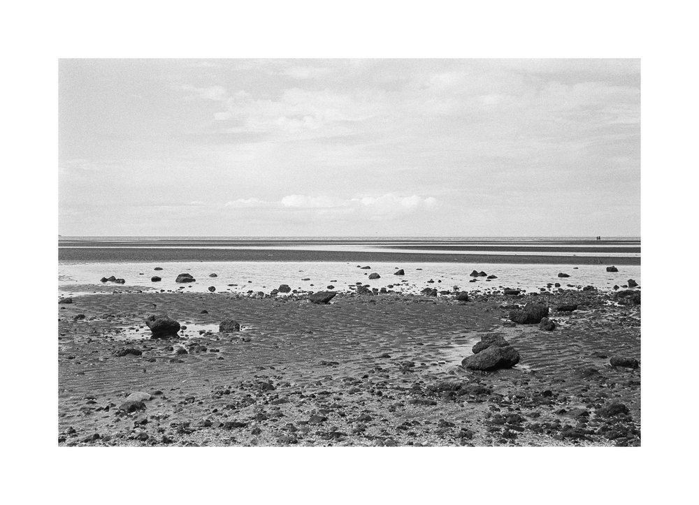 2018106 - Roll 252 - 017-Nick-Bedford,-Photographer-Black and White, Kodak TRI-X 400, Landscape Photography, Leica M7, Seascape, Shorncliffe, Voigtlander 35mm F1.7.jpg