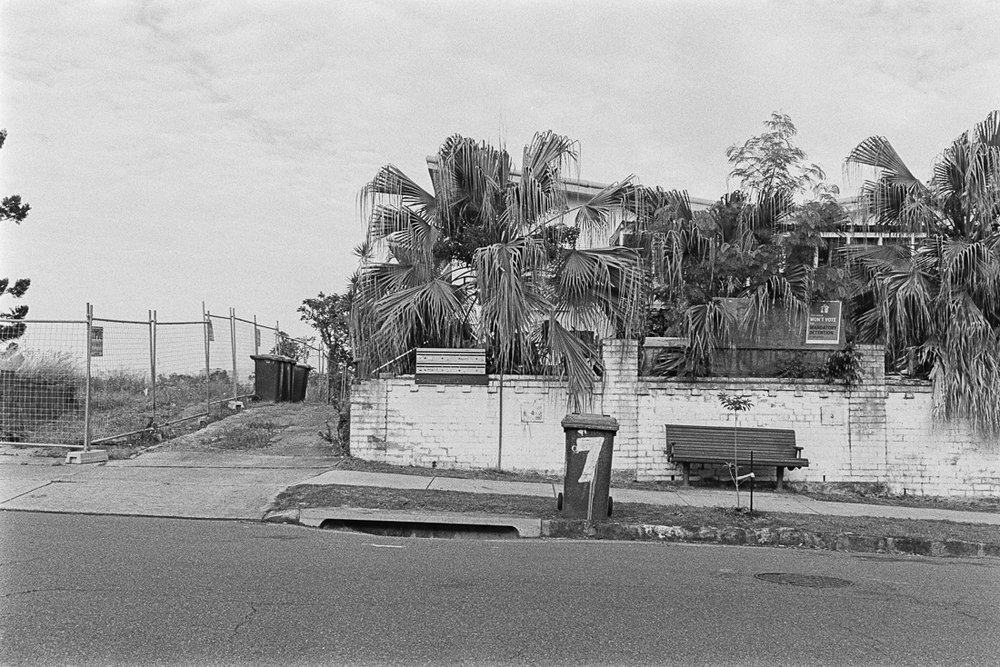 20190105 - Roll 269 - 026-Nick-Bedford,-Photographer-Black and White, Brisbane, Kodak TRI-X 400, Leica M7, Street Photography, Voigtlander 35mm F1.7.jpg