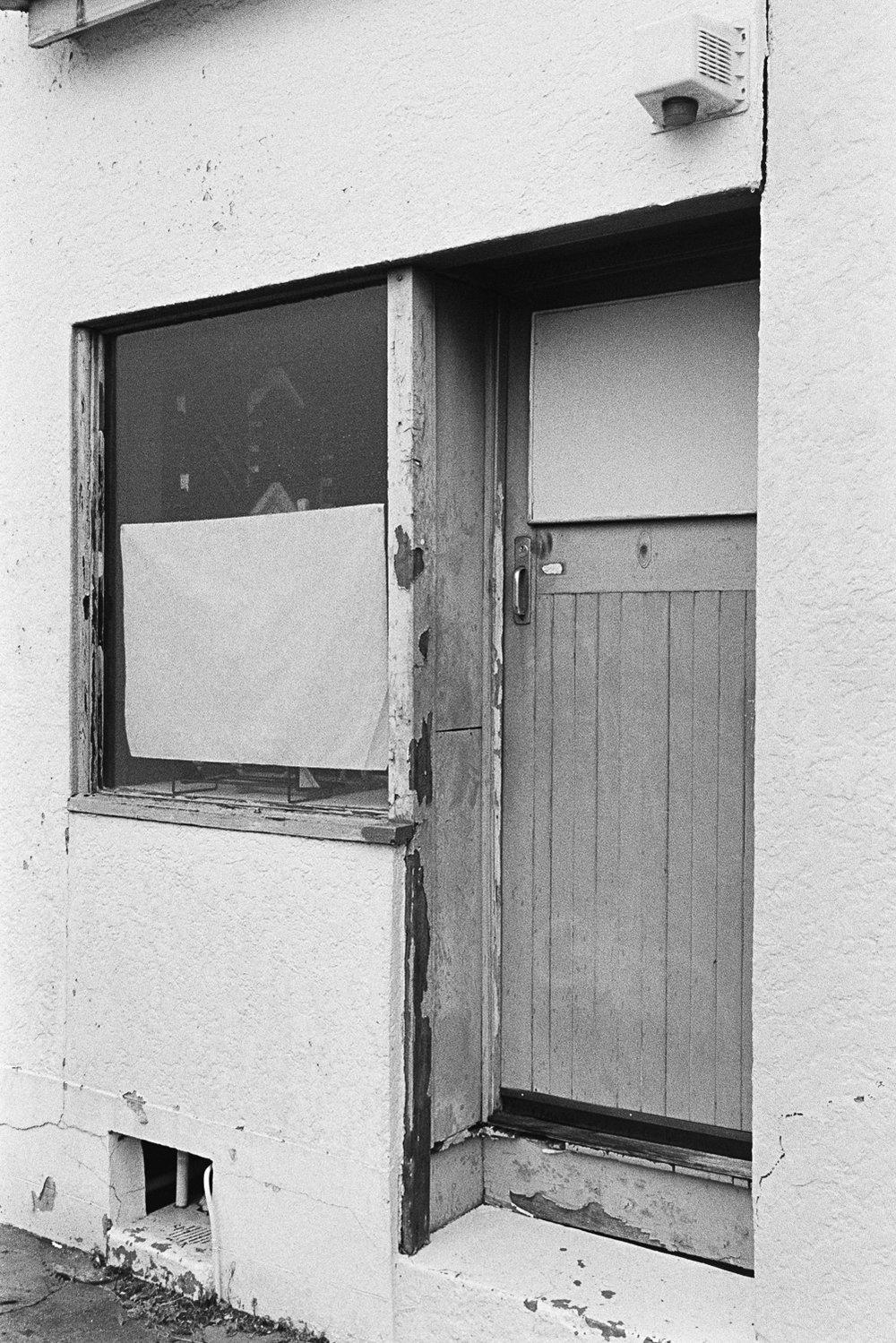 20181209 - Roll 267 - 035-Nick-Bedford,-Photographer-Black and White, Brisbane, Kodak TRI-X 400, Leica M7, Street Photography, Voigtlander 35mm F1.7.jpg