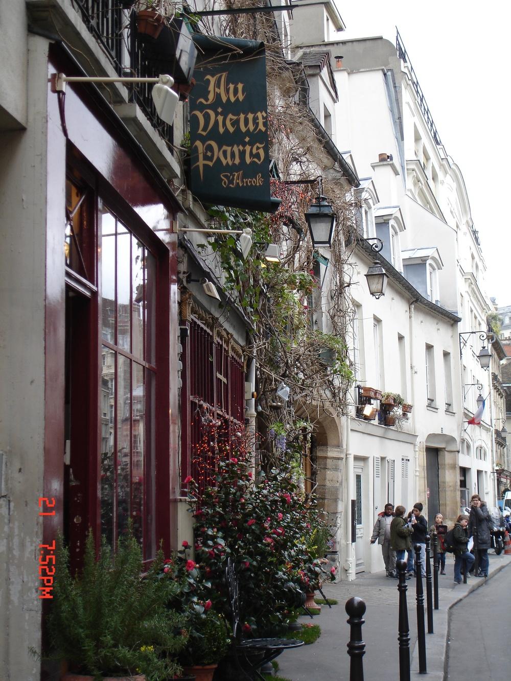 Au Dieux Paris