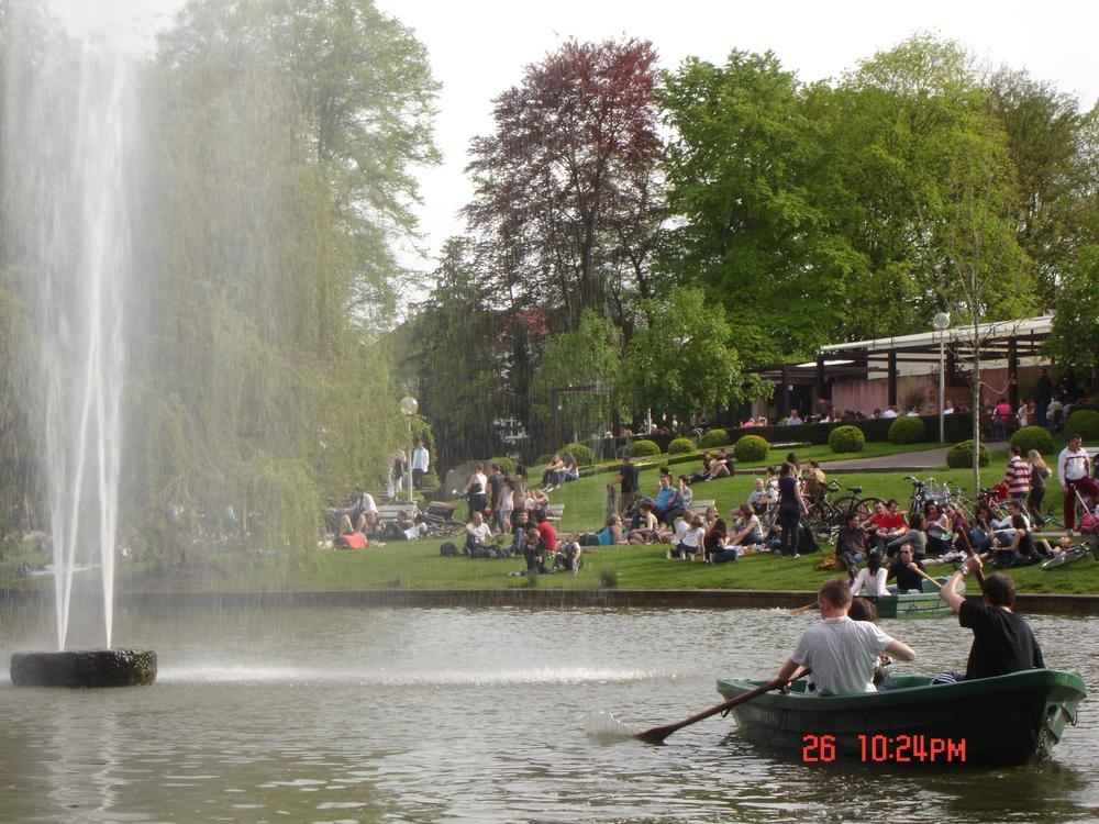The park is a happenin' place!