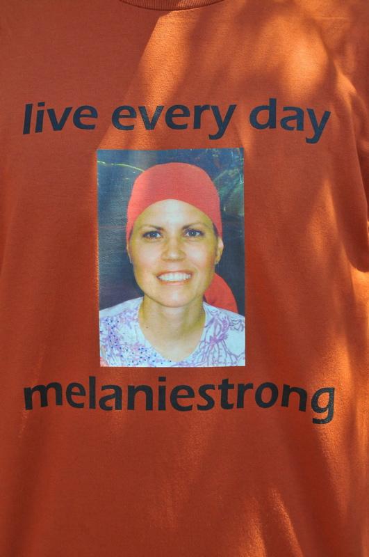 Team Melaniestrong Tee-Shirt