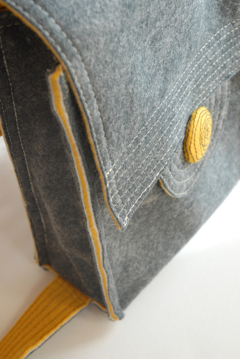 back pack side seam top.jpg
