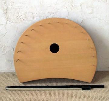 nail violin-sm.jpg