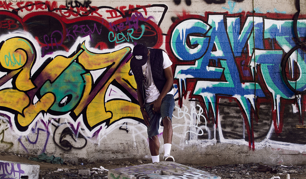 GrafittiBehind-01.jpg