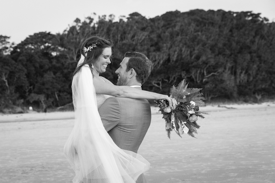 55-Byron-Bay-Wedding-Photography-T&S.jpg