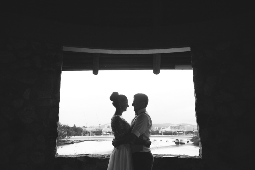 Kangaroo Point Cliffs wedding photos
