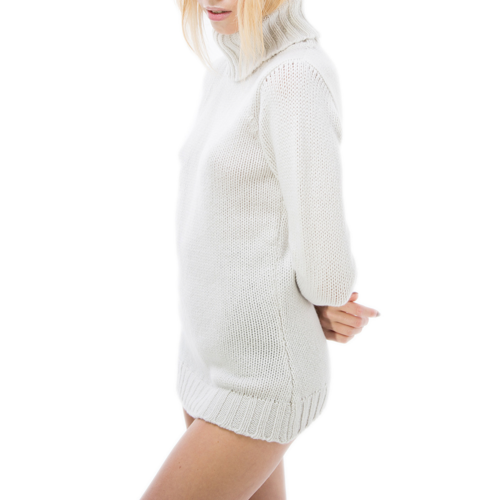 editionoo5-girlfriend-rollneck-cashmere-chunky-sweater-wisp-side