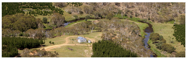 Cochabonddu Cottage, self-catering accommodation in the Snowy Mountains.  www.cochabonddu.info