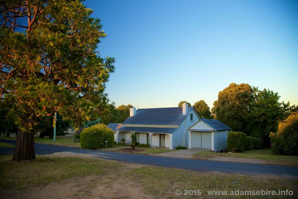 ⓘ If you're looking for accommodation for  more  than four people, or in a charming country town, we also offer Boonah: a lovely old family-sized house with a large garden ideal for short-term rental or holiday lets, in nearby Bombala:  http://www.adamsebire.info/boonah-accommodation-in-bombala-nsw